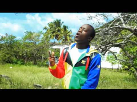 Iyaz – Solo [Official Music Video]