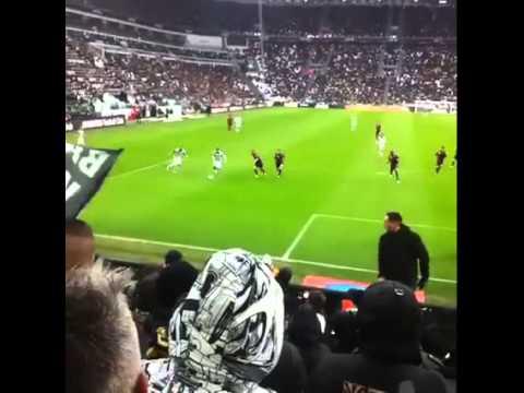 juventus - genoa 1-0 il gol di tevez visto dalla curva (22-3-2015)