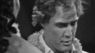 When humanitarian organization UNICEF (United Nations Children's Fund) organized a gala in Paris in 1967, Marlon Brando -- who was actively involved with ...