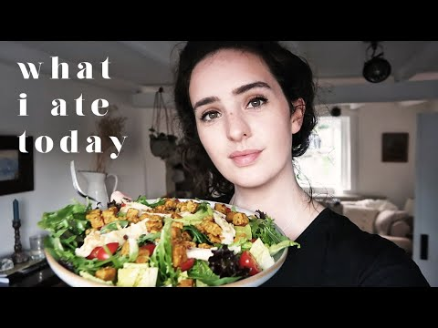 LAZY VEGAN WHAT I EAT IN A DAY AT HOME