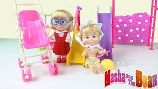 Abone Ol -- https://goo.gl/V4zlTQMaşa Oyuncakları Barbie İle Birlikte Bilgili Masha Bebek Bakıcısı Çizgi Film TadındaBebek TV'de şekerler oyun hamurları renkli toplar ve çocuklar ile bebekler için çok eğlenceli oyuncaklar bulunmaktadır.Pepee bebee şila ve niloya gibi maşa ve koca ayı ile beraber videoları full tek part kesintisiz uzun version çizgi filmleri izleBu video bir hayal ürünüdür.Uyarı: Çizgi film tadındaki bu video sadece çocuklar içindir yetişkinler için uygun ve eğlenceli olmayabilir. Bu videonun içeriği çocukları için uygun olup olmadığına ve izleme süresi limitine ebevenleri kendileri karar vermelidir. İçeriği/Videoyu izleyen çocukların sorumluluğu ebevenlerine ait dir.Toy in other Languages: खिलौने, brinquedos, ของเล่น, اللعب, igračke, đồ chơi, oyuncaklar, leksaker, juguetes, играчке, игрушки, jucării, тоглоом, leker, اسباب بازی, zabawki, 장난감, トイズ, giocattoli, mainan, játékok, צעצועים, Hračky, legetøj, speelgoed, laruan, jouets, Spielzeug, ΠαιχνίδιαCreative Commons Attribution lisansı (https://creativecommons.org/licenses/by/4.0/) altında lisanslıdır.Kaynak: http://incompetech.com/music/royalty-free/Sanatçı: http://incompetech.com/
