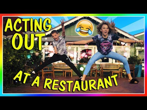 ACTING OUT AT A RESTAURANT | We Are The Davises