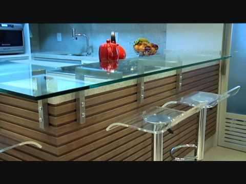 Trio de escritórios: mesma planta, resultados diferentes.O projeto é do escritório Henrique Pimont.