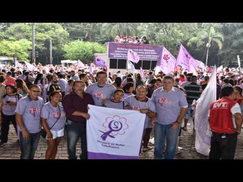 Mulheres químicas participam de ato do Dia Internacional das Mulheres organizado pela CUT