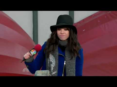Carly Rae Jepsen - This Kiss (11.22.2012)(Thanksgiving Parade 720p)