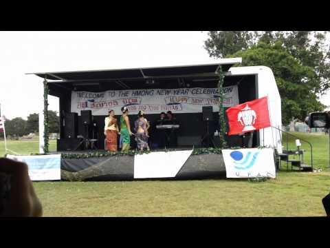 San Diego Hmong New Year Nkauj Paj Ntaub Dance 3