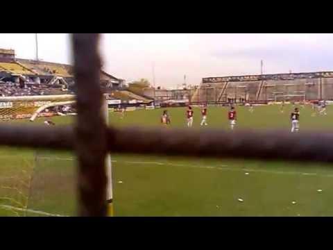 para salir primero hay que poner mas huevo,atlanta vs acassuso 2013 - La Banda de Villa Crespo - Atlanta