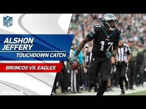 Video: Carson Wentz Fakes the Option & Tosses a TD Pass to Alshon Jeffery! | Broncos vs. Eagles | NFL Wk 9