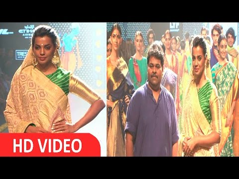 Mugdha Godse & Carol Gracias Walks Ramp For Designer Gaurang - UNCUT