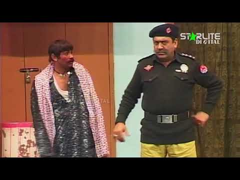 Video Sohail Ahmed and Sakhawat Naz New Pakistani Stage Drama  Kali Chader  Full Comedy Clip download in MP3, 3GP, MP4, WEBM, AVI, FLV January 2017