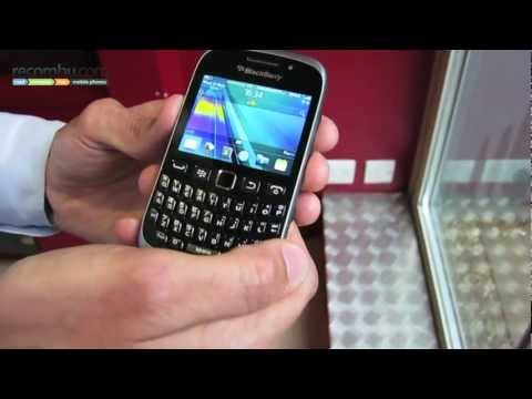 BlackBerry Curve 9320 hands-on video