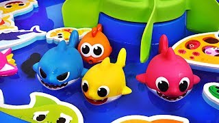 Video Pinkfong Baby Shark family Bath water gun Play set! Let's play in the water with Dory - PinkyPopTOY MP3, 3GP, MP4, WEBM, AVI, FLV September 2018