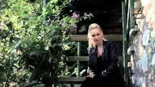 Gökçe -  Her Şey Bitmedi Bitemez Video Klip