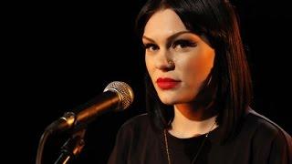 Jessie J Price Tag- (Nova) Acoustic - YouTube.flv