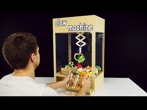 How to Make Hydraulic Powered Claw Machine from Cardboard (видео)