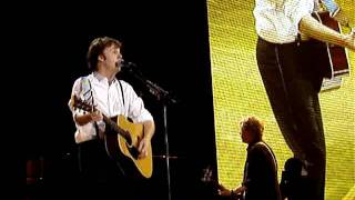 "Paul McCartney ""Mrs Vandebilt"" @ Bercy, Paris, Nov 30 2011"