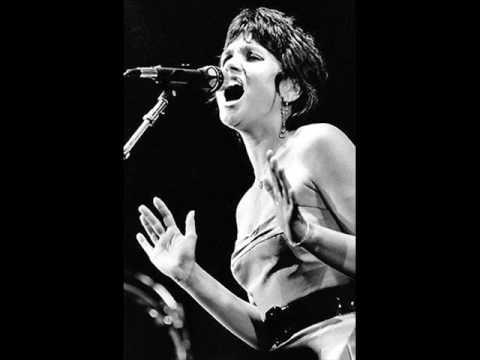 Tekst piosenki Linda Ronstadt - Everybody Loves A Winner po polsku