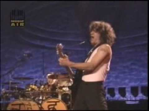 VAN HALEN - Year To  The Day (live)