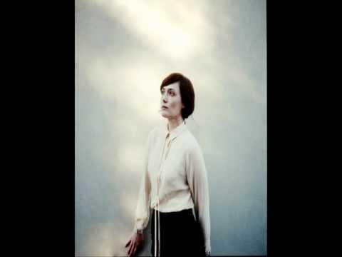 Sarah Blasko - Not Yet lyrics