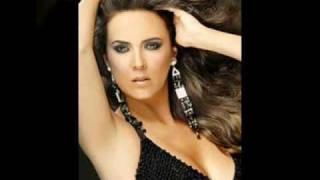 video y letra de Me voy (audio) por Edith Marquez