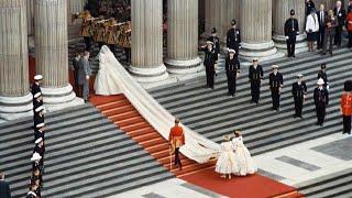 Princesės Dianos ir princo Čarlzo vestuvių akimirkos (1981 metai)