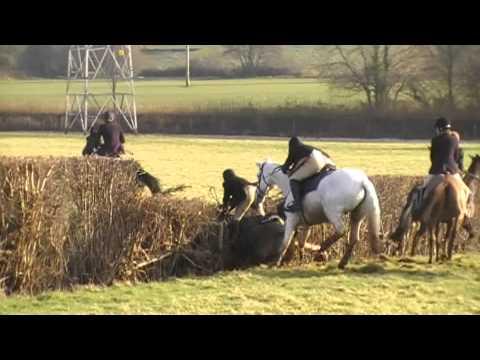 Taunton Vale over Pontispool rails and hedges - Thời lượng: 2 phút, 18 giây.