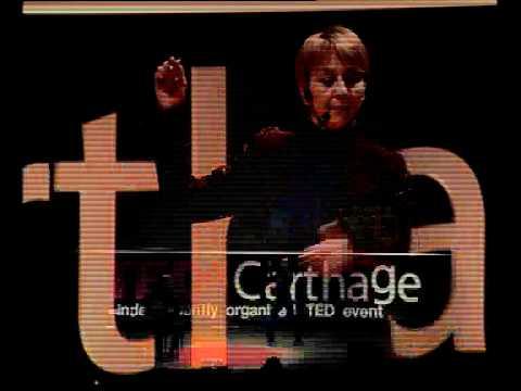 TEDxCarthage - Nawal Skandrani -