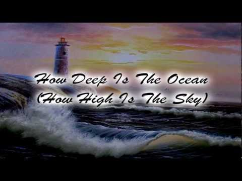 Tekst piosenki Pat Boone - How Deep Is The Ocean po polsku