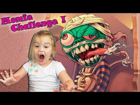 Mummy Challenge : On transforme Papa en momie avec du papier essuie tout ! Dehors Outdoor !
