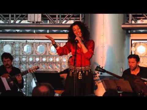 "Nabir Asraoui chante la liberté - ""Horriya"" - Institut du Monde Arabe, mai 2011"