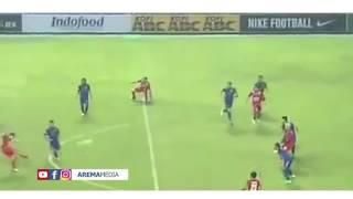 Video Sanksi Hakim Garis AREMA FC VS PERSIB Larangan Bertugas Selama 4 Pekan MP3, 3GP, MP4, WEBM, AVI, FLV Januari 2019