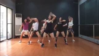 Shaky Shaky (SEXBOMB GIRLS)