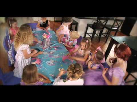"""How to"" throw the PERFECT *Princess Birthday Party*"
