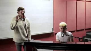 Video Rise Up - Andra Day (Sam Sohmer Cover) MP3, 3GP, MP4, WEBM, AVI, FLV Agustus 2018