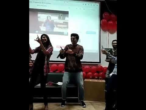 Video DARSHAN RAVAL DANCING ON KHEECH MERI PHOTO | DARSHAN RAVAL FUNNY DANCING download in MP3, 3GP, MP4, WEBM, AVI, FLV January 2017