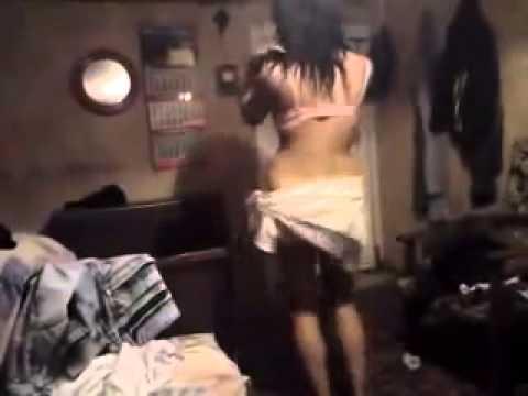 porno-video-devushki-bez-sisek
