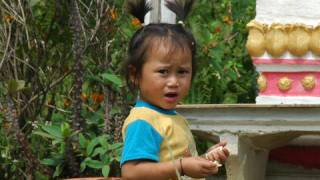 Vieng Xai Laos  city photos gallery : Voyage au Laos Sam Neua & Vieng Xai Maryse & Dany © Youtube