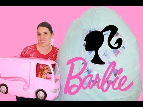Barbie GIANT SURPRISE Egg Disney Princess Dolls Barbie Playsets Motorhome Largest Kinder Egg Video