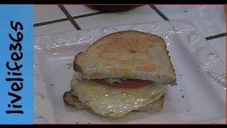 How to...Make a Killer Egg, Avocado and Tomato Sandwich