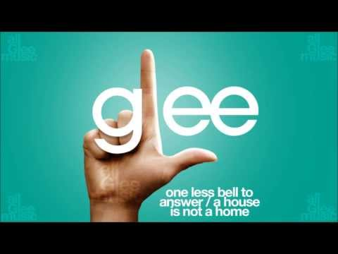 , title : 'One Less Bell To Answer / A House Is Not A Home | Glee [HD FULL STUDIO]'