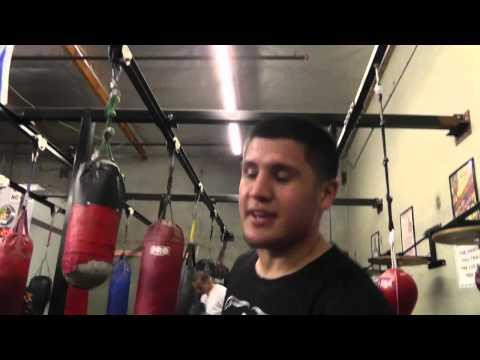 pelos garcia got jokes jacks phones posts his selfie EsNews Boxing
