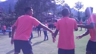 Video Goyang Pinguin Ala Pemain Arema FC MP3, 3GP, MP4, WEBM, AVI, FLV Januari 2019