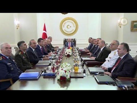 Τουρκία: Αντικαταστάθηκαν οι αρχηγοί των τριών Όπλων