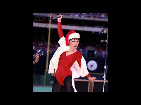 Pat Benatar - Please come home for Christmas lyrics