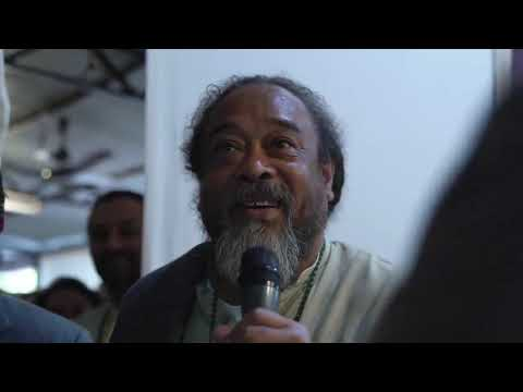 Spontaneous Mooji Moment: Please Help Me to Die Before I Die