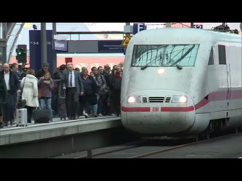 Verkehr: Scheuer will niedrigere Steuer auf Bahn-Fernverkehrstickets