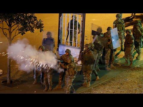 Λίβανος: Ολονύκτιες συγκρούσεις διαδηλωτών με την αστυνομία …