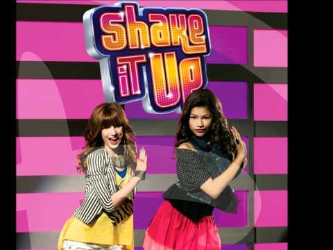 Selena Gomez & The Scene - Shake It Up lyrics