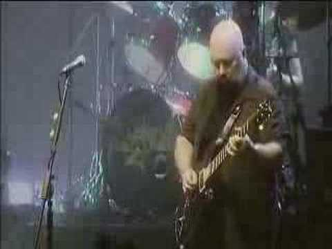 Magnum- Kingdom Of Madness (live 2005) online metal music video by MAGNUM