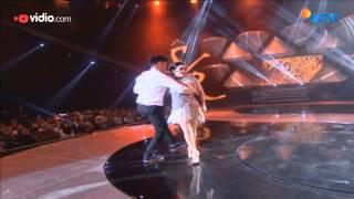 "Video Syahrini - Sesuatu (The Biggest Concert Princess Syahrini ""Dream Big"") MP3, 3GP, MP4, WEBM, AVI, FLV Mei 2019"